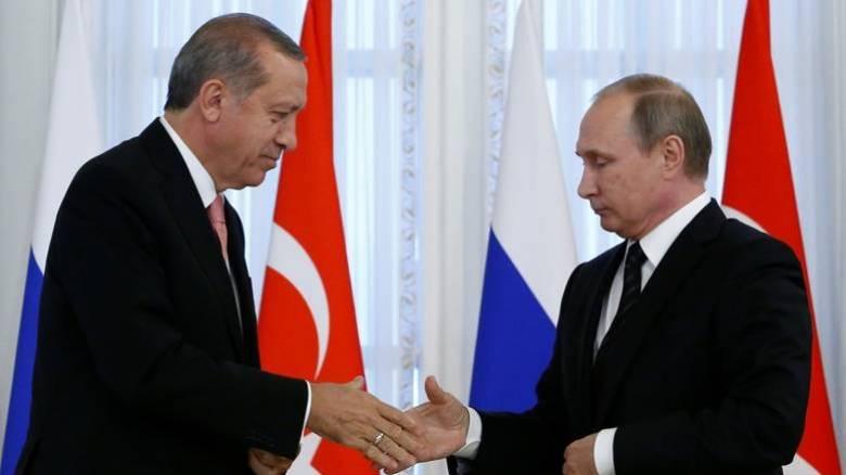 Τηλεφωνική επικοινωνία Πούτιν - Ερντογάν για την ενίσχυση των διμερών σχέσεων