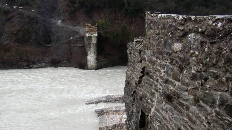 Σε νέα φάση η πλήρης αποκατάσταση του Γεφυριού της Πλάκας
