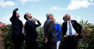 Μέρκελ: Η Ευρώπη να πάρει το μέλλον στα χέρια της