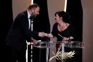 Βραβείο Σεναρίου στο Γιώργο Λάνθιμο & Ευθύμη ΦΙλίππου για το The Killing of a Sacred Deer και στη Lynne Ramsay για το You Were Never Really Here