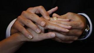 Ο γάμος δεν ευνοεί την υγεία σύμφωνα με νέα έρευνα