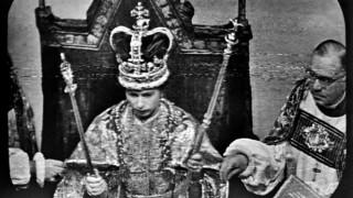 Βασίλισσα Ελισάβετ: Η αγαπημένη της τηλεοπτική σειρά αφορά την ίδια