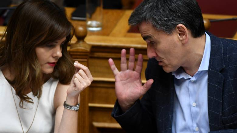 Τσακαλώτος – Αχτσιόγλου ζήτησαν «καθαρή λύση» για το χρέος