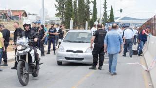 Σε κρίσιμη κατάσταση ο 26χρονος που αυτοπυροβολήθηκε στη Θεσσαλονίκη (pics)
