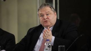 Βενιζέλος: Η κυβέρνηση στο Eurogroup πηγαίνει ξυπόλητη στα αγκάθια...