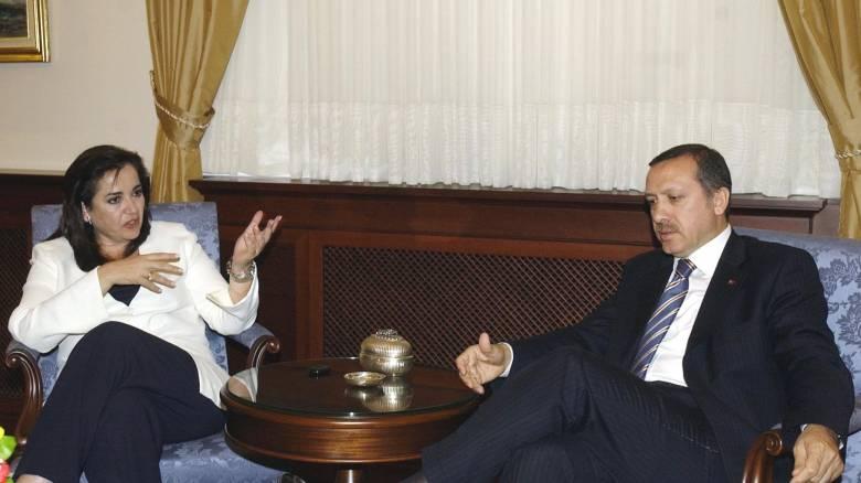 Ο Ερντογάν τηλεφώνησε στην Ντόρα Μπακογιάννη για το θάνατο του Κωνσταντίνου Μητσοτάκη