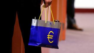 Στη Φρανκφούρτη στρέφεται η προσοχή για την υπόθεση του χρέους