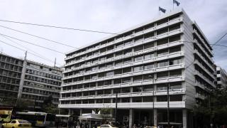 Τι απαντά το υπουργείο Οικονομικών για την παράταση στις φορολογικές δηλώσεις
