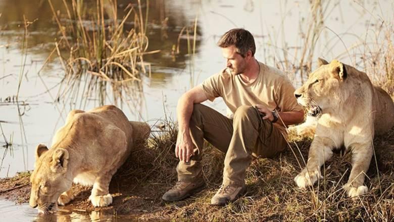 Kevin Richardson: Ο «γητευτής των λιονταριών» της Νότιας Αφρικής (vid)