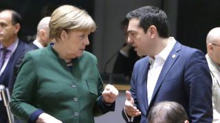Σύνοδο Κορυφής «δείχνει» η Αθήνα για το χρέος
