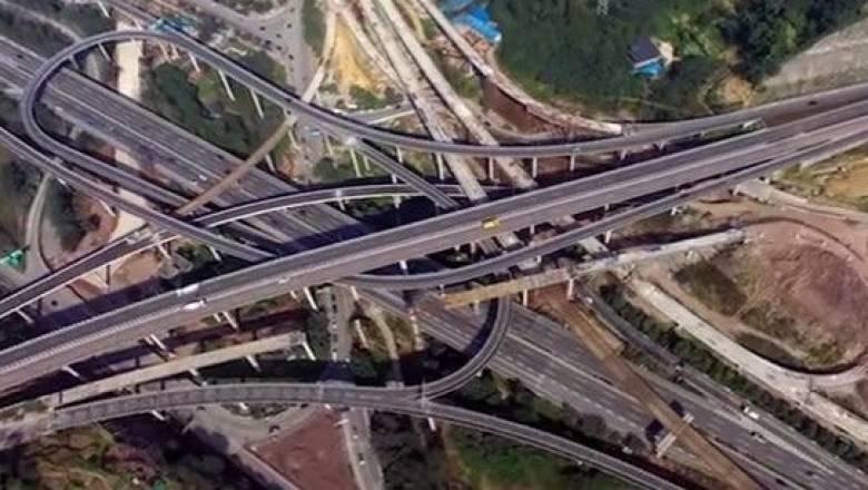 Αυτοκινητόδρομος πέντε επιπέδων και οκτώ κατευθύνσεων στην Κίνα (Vid)
