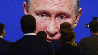 «Don't worry be happy» σχολιάζει ο Πούτιν την απόφαση του Τραμπ για το κλίμα