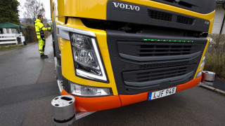 Η Volvo εξελίσσει αυτόνομα απορριμματοφόρα