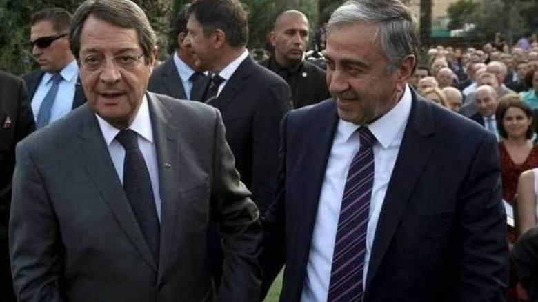 Αναστασιάδης - Ακιντζί αναχώρησαν χωριστά για τη Νέα Υόρκη
