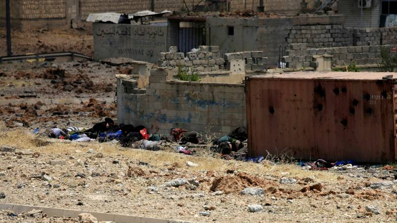 Ιράκ: Δεκάδες άμαχοι σκοτώθηκαν ενώ προσπαθούσαν να φύγουν από τη Μοσούλη