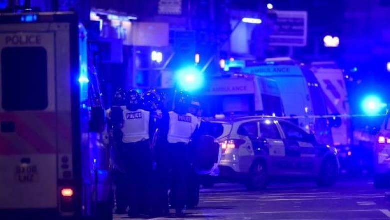 Επίθεση στο Λονδίνο: Το φορτηγό πέταξε στον αέρα ανθρώπους στη London Bridge