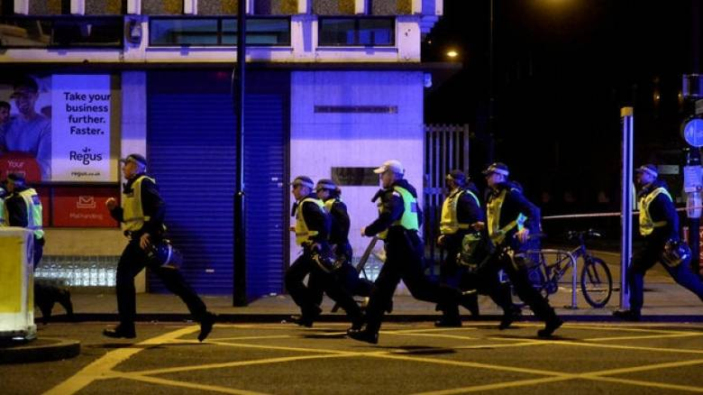 Νέα τρομοκρατική επίθεση συγκλονίζει το Λονδίνο (pics&vid)