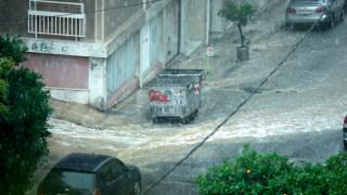 Σφοδρό μπουρίνι με χαλαζόπτωση σε όλη την Αθήνα (pics)