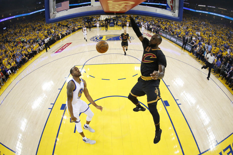 2017 06 05T031334Z 112378701 NOCID RTRMADP 3 NBA FINALS CLEVELAND CAVALIERS AT GOLDEN STATE WARRIORS