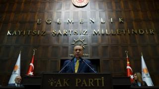 Τηλεφωνικές επαφές του Ερντογάν για την αποκλιμάκωση της κρίσης στον Κόλπο