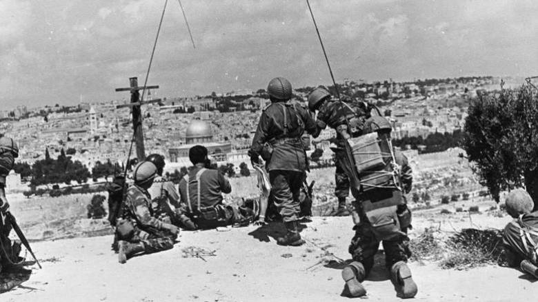 Πόλεμος Έξι Ημερών: Μάρτυρες αποκαλύπτουν ότι το Ισραήλ σχεδίαζε ρίψη πυρηνικής βόμβας