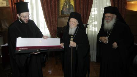 Η οικονομική κρίση στη συνάντηση Βαρθολομαίου - Ιερώνυμου (pics)