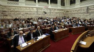 Νέα κυβερνητική οπισθοχώρηση στο φορολογικό νομοσχέδιο