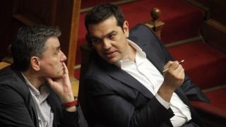 Στόχος της κυβέρνησης το μόνο ανοιχτό θέμα στο Eurogroup να είναι το χρέος