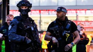 Μ. Βρετανία: Αυτοκίνητο που συνδέεται με την επίθεση στο Μάντσεστερ «ξεσκονίζουν» οι Αρχές