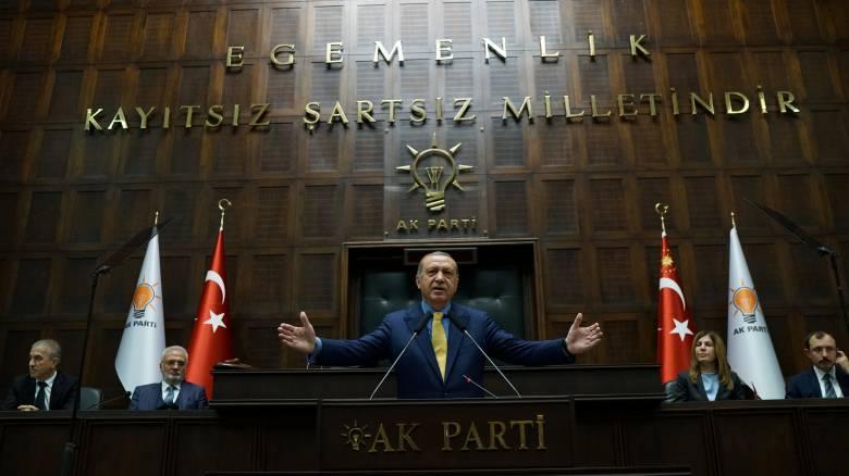 Συνελήφθη ο πρόεδρος του τουρκικού τμήματος της Διεθνούς Αμνηστίας