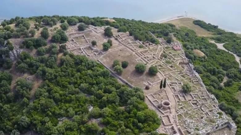 Αρχαία Ραμνούντα: Ο παράδεισος που «γέννησε» τον μύθο της Ωραίας Ελένης (Vid)