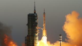 Κίνα: Ετοιμάζει επανδρωμένη αποστολή στην ανεξερεύνητη πλευρά της Σελήνης