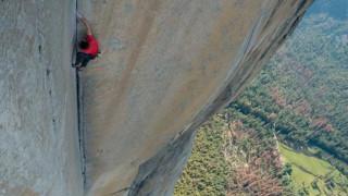 Μοναδικό κατόρθωμα: Σκαρφάλωσε στον El Capitan χωρίς σχοινιά (vid&pics)