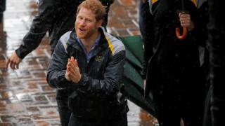 Πρίγκιπας Χάρι: Η θυελλώδης υποδοχή του στο Σίδνεϊ για τους τραυματίες πολέμου
