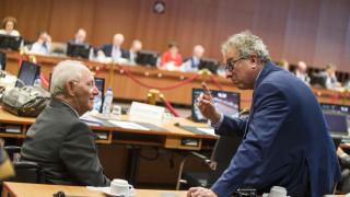 Έντονες πολιτικές διεργασίες για το Eurogroup - Τι ζητά το ΔΝΤ