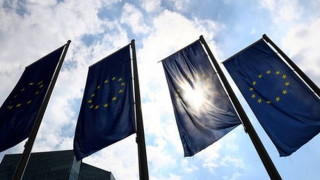 Σχέδιο της Κομισιόν για τη μείωση των «κόκκινων» δανείων των τραπεζών