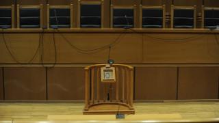 Φυλάκιση με αναστολή σε μητέρα για αρπαγή και κατ' οίκον εκπαίδευση της κόρης της