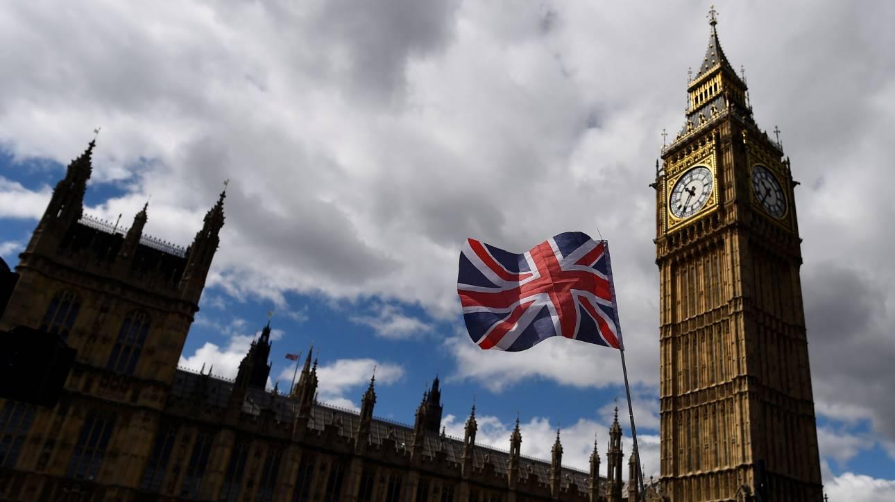 Το «χάος» του Brexit μετά τις εκλογές – Δύο Έλληνες πανεπιστημιακοί αποκαλύπτουν (vid)