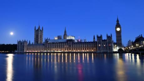 «Μετέωρο κοινοβούλιο»: Τι σημαίνει και με τι συνεπάγεται
