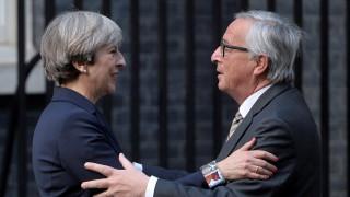 Γιούνκερ: Εμείς μπορούμε να ξεκινήσουμε τις διαπραγματεύσεις του Brexit από αύριο στις 9:30
