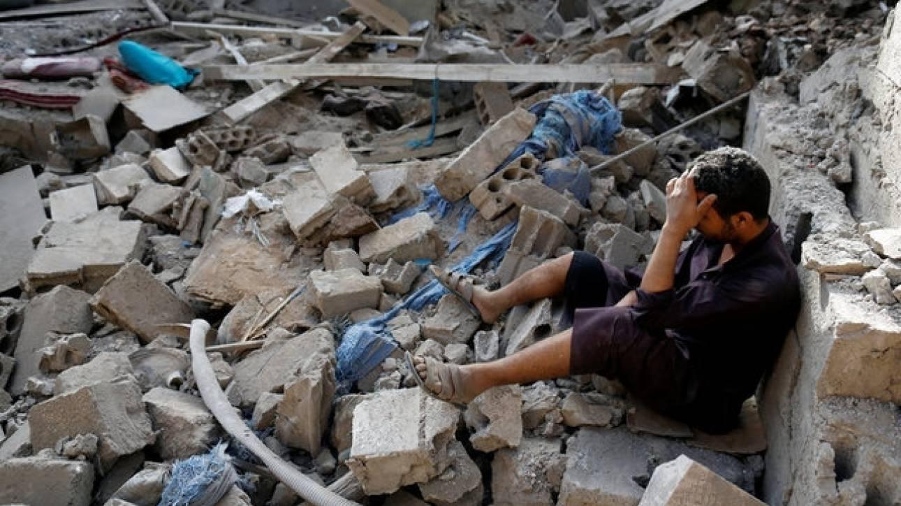 Βομβάρδισαν σπίτι στην Υεμένη και σκότωσαν τα μέλη μιας οικογένειας (pics)