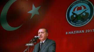 Ο Ερντογάν στηρίζει το Κατάρ: Δεν έχουμε διαπιστώσει ότι στηρίζει την τρομοκρατία