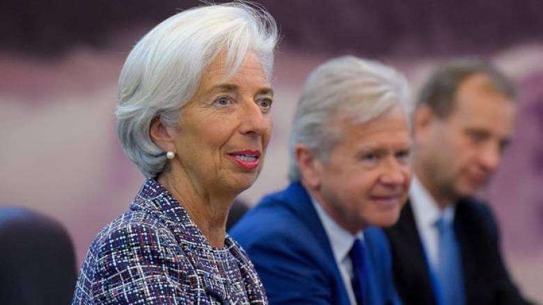 Δανειστής που δεν... δανείζει το ΔΝΤ - «Χρυσώνουν» το χάπι με λίγα περισσότερα χρήματα
