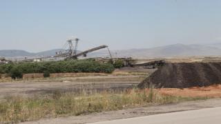 Τεράστιες καταστροφές από κατολίσθηση στο ορυχείο Αμυνταίου
