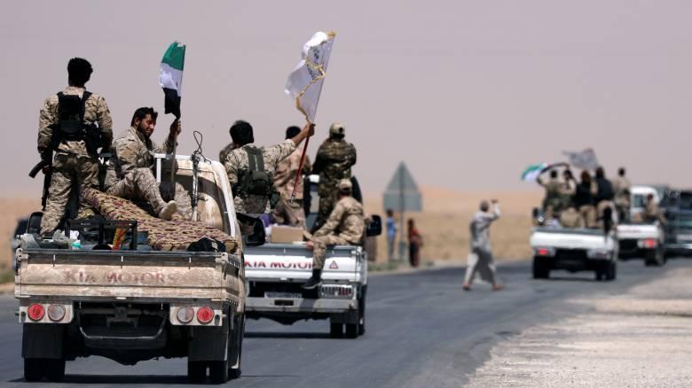 Συρία: Στη δυτική Ράκα διείσδυσαν οι συριακές δημοκρατικές δυνάμεις