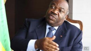 Γκαμπόν: Παρουσιάστρια ειδήσεων της δημόσιας τηλεόρασης «πέθανε» τον πρόεδρο της χώρας