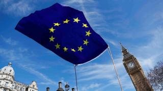 Μέι: Εντός δυο εβδομάδων ξεκινούν οι διαπραγματεύσεις για το Brexit