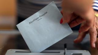Βουλευτικές εκλογές Γαλλία: Μειωμένη η συμμετοχή - Ψήφισαν Μακρόν και Λεπέν (pics)