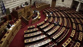 Στη Βουλή η υπόθεση με ουκρανικό αλιευτικό που βρίσκεται ακινητοποιημένο στο λιμάνι Χανίων