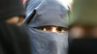 Νορβηγία: Πρόταση για απαγόρευση νικάμπ και μπούρκας στα σχολεία